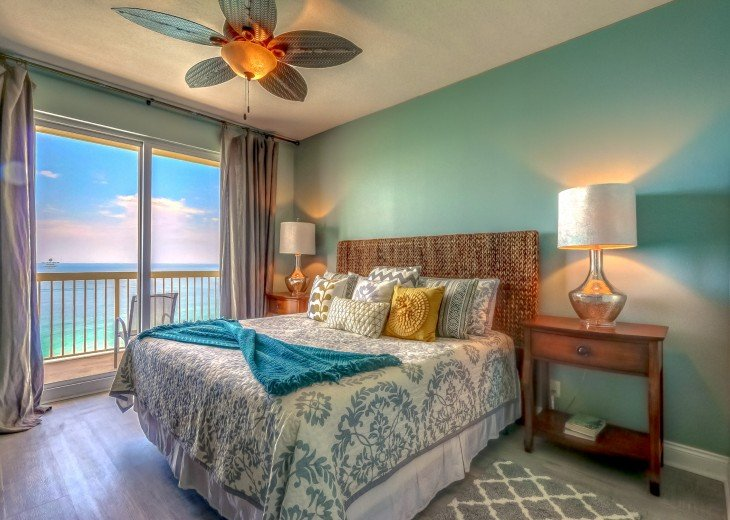 Master bedroom has a king size bed & private balcony access~ Gulf views am/pm