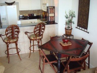 Dining table & breakfast bar for sharing the days events & fun at the beach