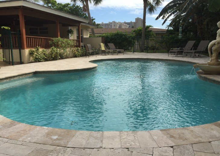 TWO BEDROOM TWO BATH SUITE WITH HEATED POOL-CLOSE TO BEACH AND RESTAURANTS #1