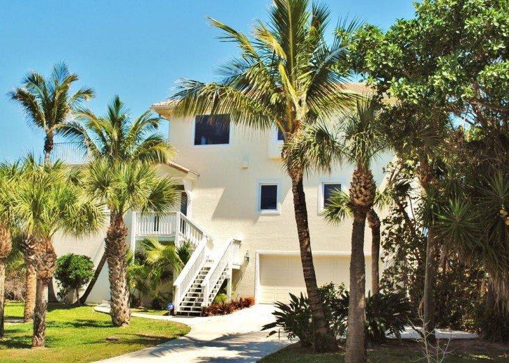 Beautiful Oceanfront, Multiple huge decks, The Most Desirable Beach in S.Brevard #2