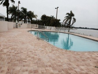 Beautiful New Luxury Town Home With Private Beach, 3 Pools & 2 Gyms #1