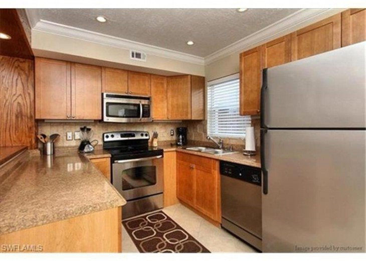 Chance in Paradise Fort Myers Beach Vacation Rental #19-1208 #5