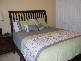 Enjoy this affordable 5 bedrooms vacation home w pool located in Aviana Resort #1