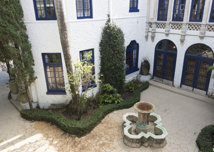 Breath Taking Historic Beach Estate The Young Mansion- Best for Large Groups #84