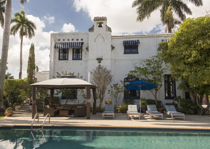 Breath Taking Historic Beach Estate The Young Mansion- Best for Large Groups #92