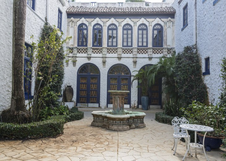 Breath Taking Historic Beach Estate The Young Mansion- Best for Large Groups #5