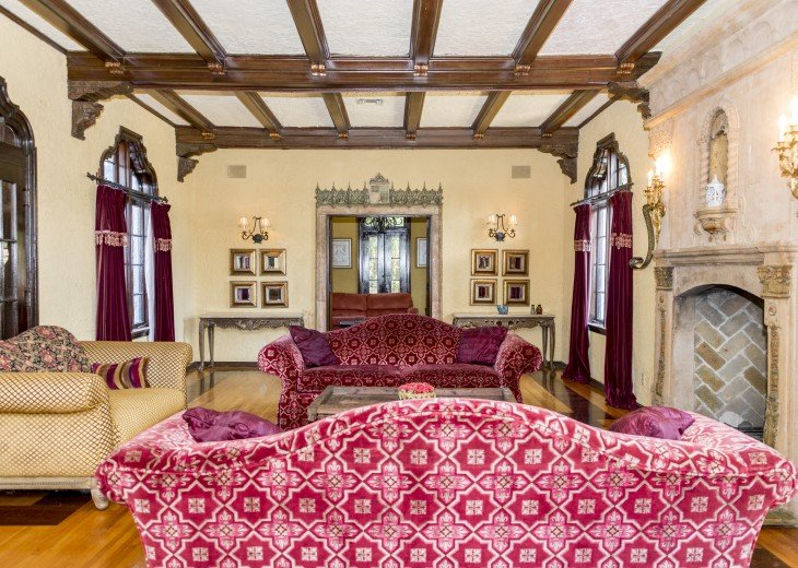 Breath Taking Historic Beach Estate The Young Mansion- Best for Large Groups #2