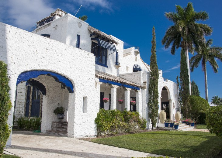 Breath Taking Historic Beach Estate The Young Mansion- Best for Large Groups #72