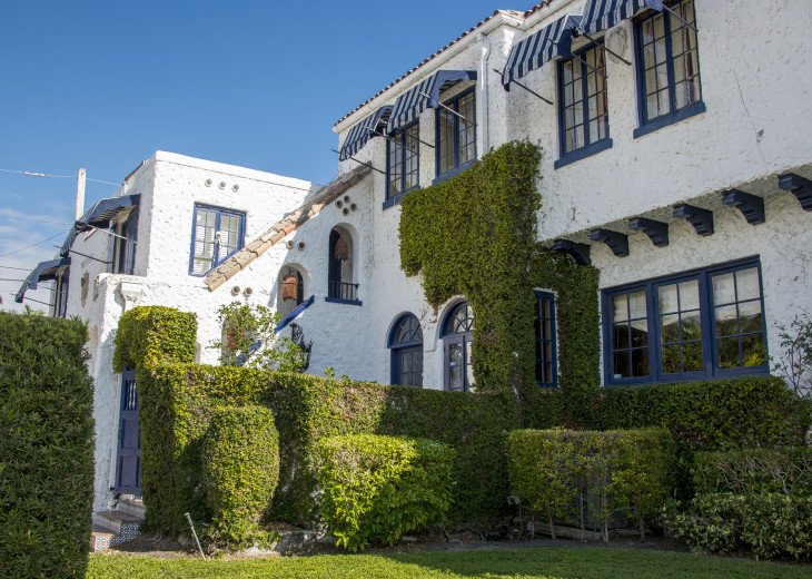 Breath Taking Historic Beach Estate The Young Mansion- Best for Large Groups #90