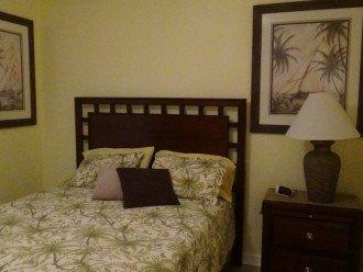Guest Room Queen Bed