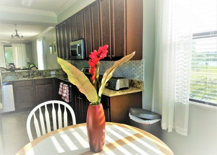 New Corner Cozy and amazing View /Upgraded 3Bds+2 Baths Condo/Golf Free #27