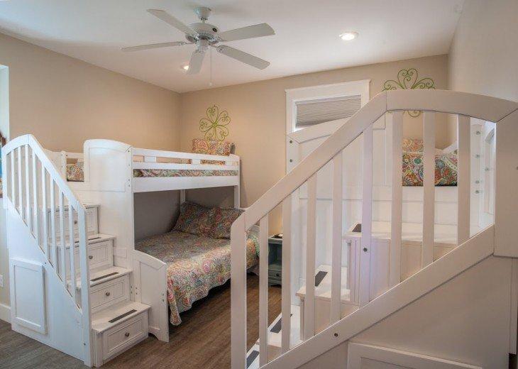 Gorgeous HANDICAP ACCESSIBLE HOME!!!! #38
