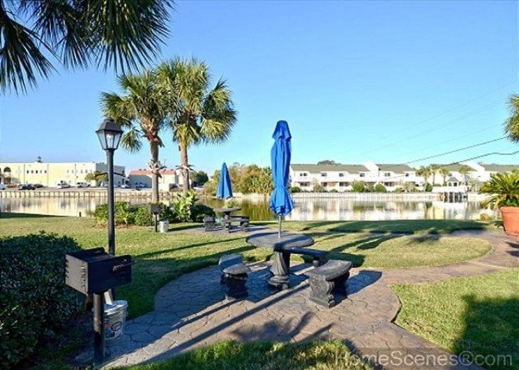 Spring & Summer Date available! Beautiful, White Destin Sands. 3Br, 2BA book now #20