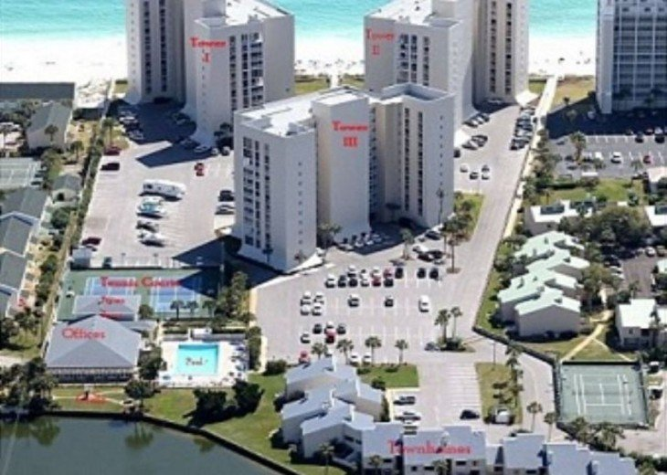 Spring & Summer Date available! Beautiful, White Destin Sands. 3Br, 2BA book now #2