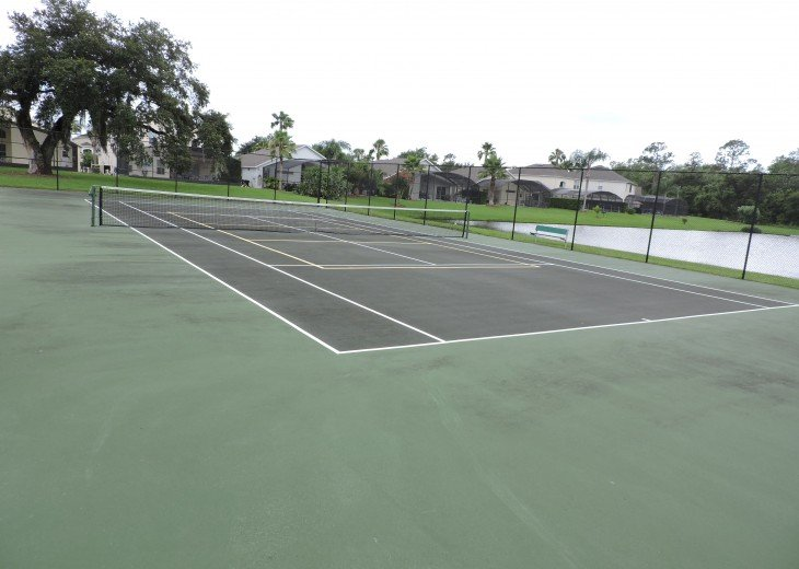 Resort tennis court