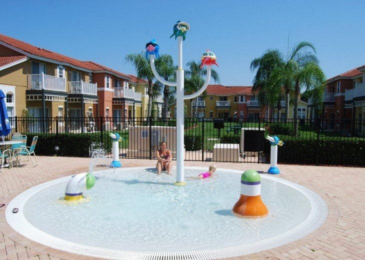 Resort splash pool