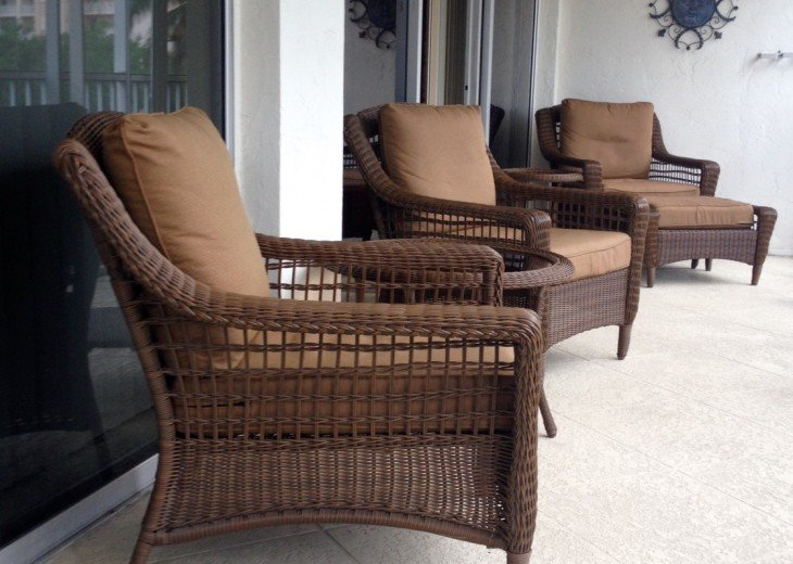 Lanai furniture