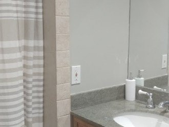 small 3rd bath in with shower