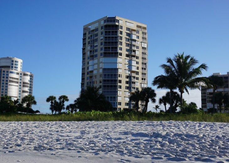 NAPLES BEACH FRONT CONDO - SAVOY #4