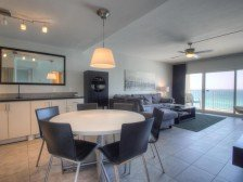 A604 Very nice, contemporary condo, amazing views #1