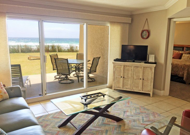 B105 First floor condo directly on the beach! #6