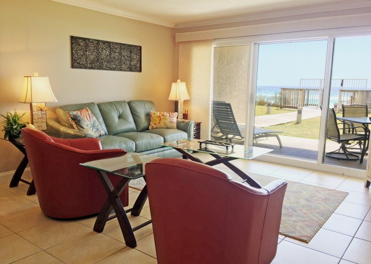 B105 First floor condo directly on the beach! #5