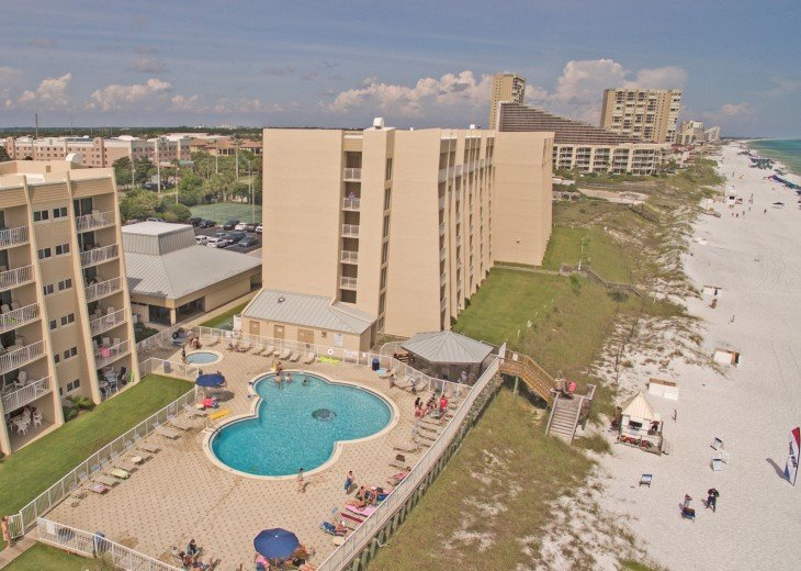 B402 Amazing view, 4th floor unit ON THE BEACH #19