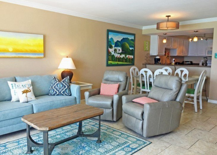 B604 Great views of the gulf to wake up to! Located directly on the beach #3