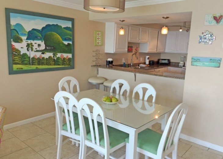B604 Great views of the gulf to wake up to! Located directly on the beach #8