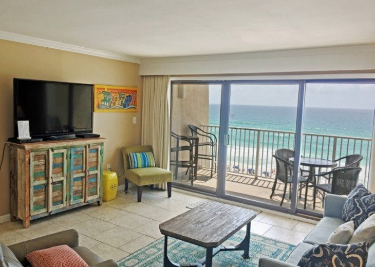 B604 Great views of the gulf to wake up to! Located directly on the beach #5