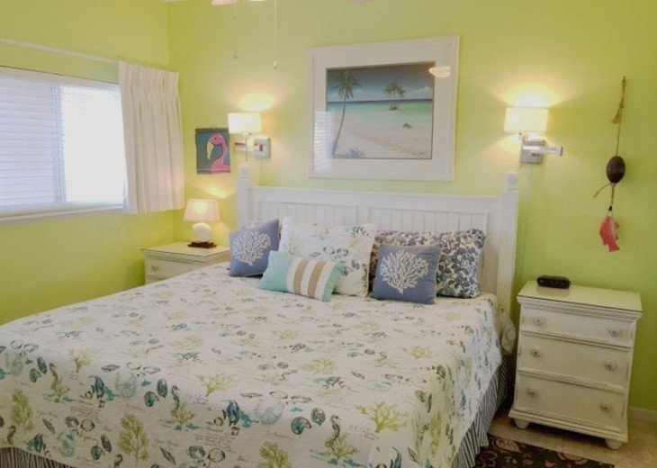 B604 Great views of the gulf to wake up to! Located directly on the beach #14