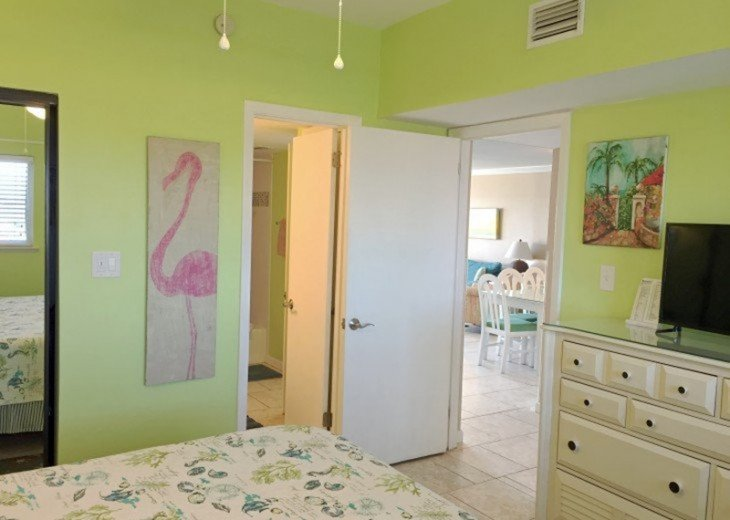 B604 Great views of the gulf to wake up to! Located directly on the beach #13