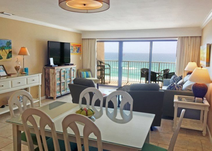 B604 Great views of the gulf to wake up to! Located directly on the beach #12