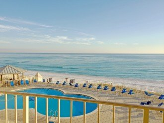 C303 Great view of the gulf, directly on the beach #1