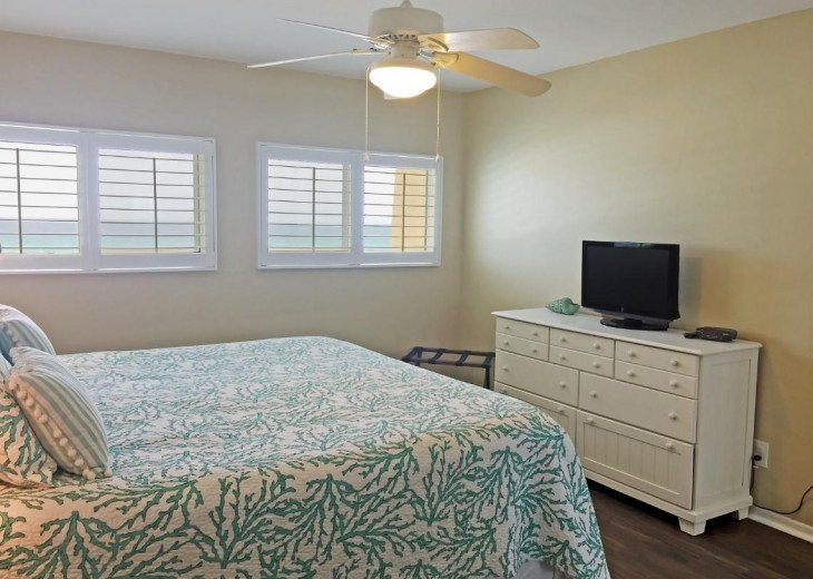 C302 Best Destin Beach House Rental #12