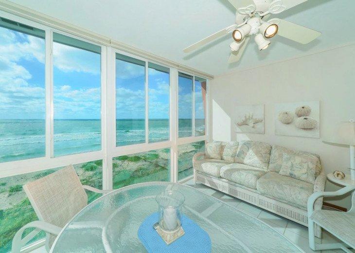 180 degree beach view