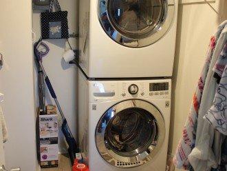 New LG full sized washer/dryer
