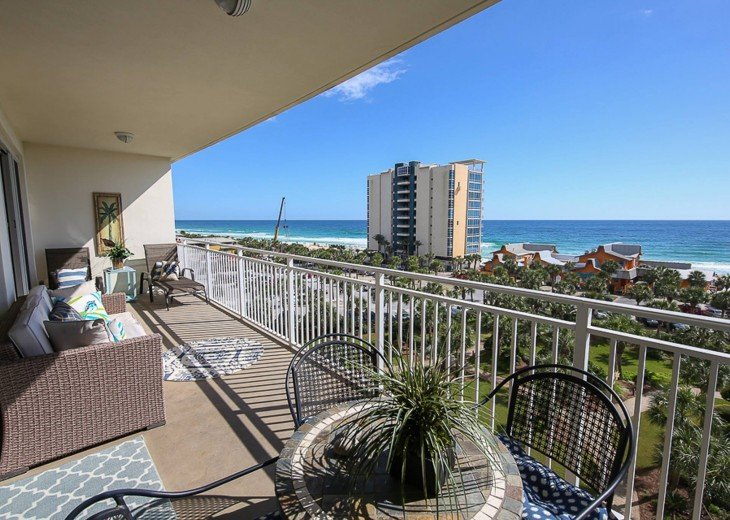 PANORAMIC OCEAN VIEWS PLUS SERENITY AT THE BEACH FROM YOUR 6TH FLOOR CONDO #13