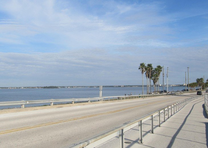 Relax updated condo on the causeway to Honeymoon Island #28