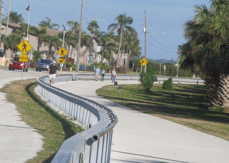 Relax updated condo on the causeway to Honeymoon Island #29