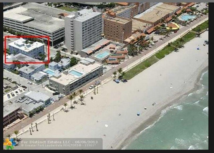 Windwood Beachside 101 on Hollywood Beach 1/1 for 4 Pool #21