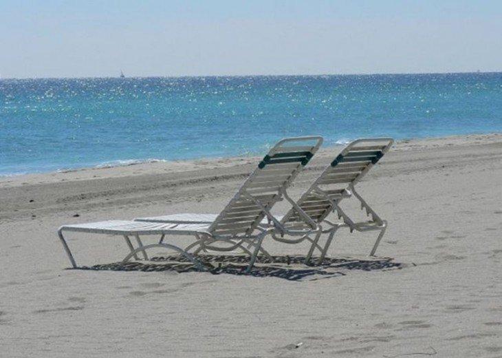 Casa Bougainvilla Walk to Beach 3/2.5 for 8 Guests #23