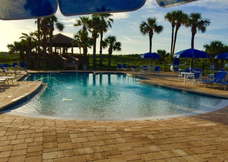 SALE,Beachfront Resort,3BR,Sleeps 8,2 Pools,Near Pier,WiFi,St Augustine Beach,FL #54