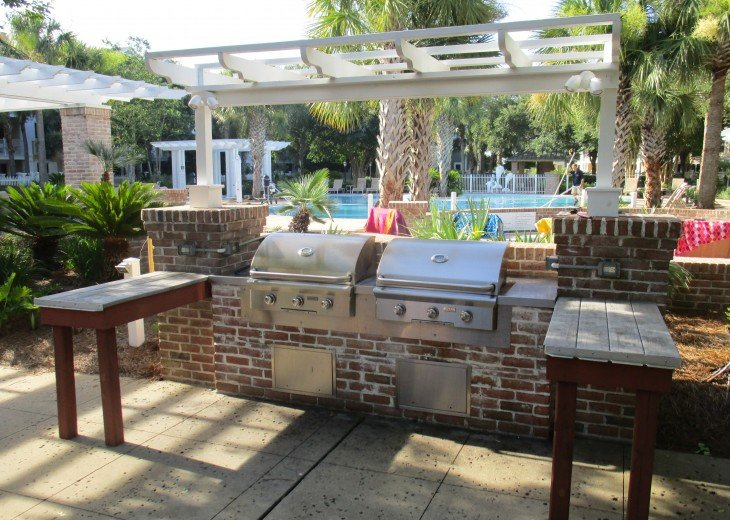 Grilling Area by pool