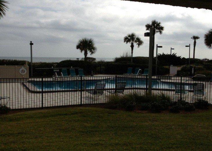 Romantic, Beachfront Surf & Racquet + Wi-Fi Close to pool #8