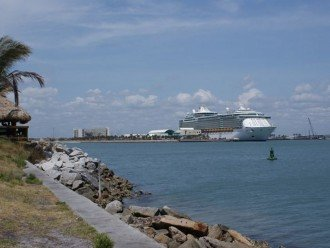 Close to Port Canaveral Cruise Terminal