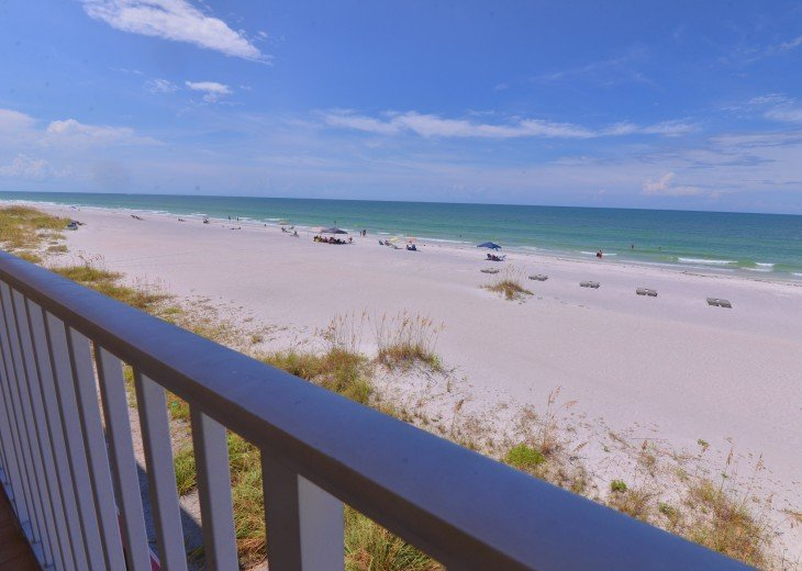 Look No Further--Hurry Before This Gulf Front Property w/Balcony is Booked #11