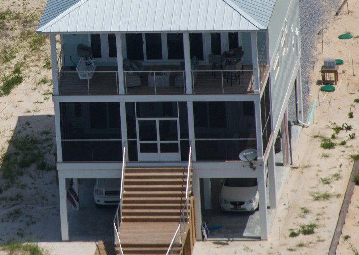 New, Gulf Front beach home with open concept and elevator. #7