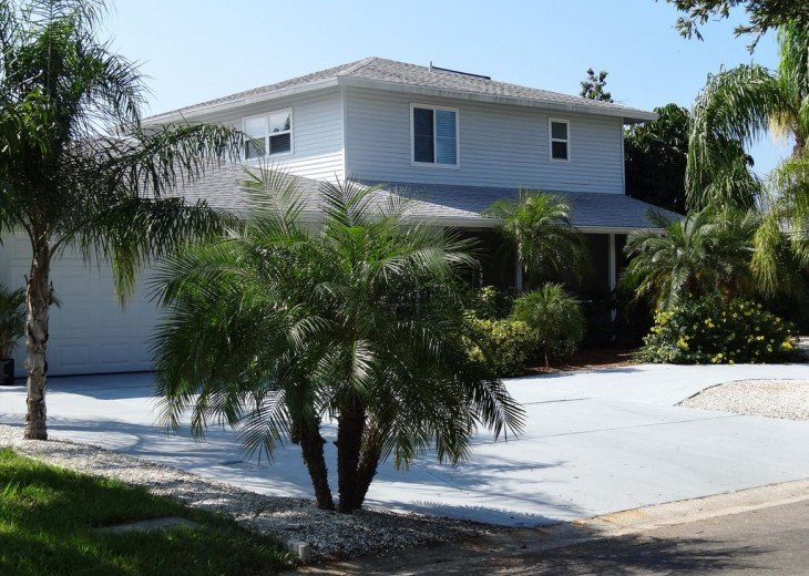 Villa Colleen 4 BR 4Bath, solar heated pool near Siesta Key up to 9 people #2