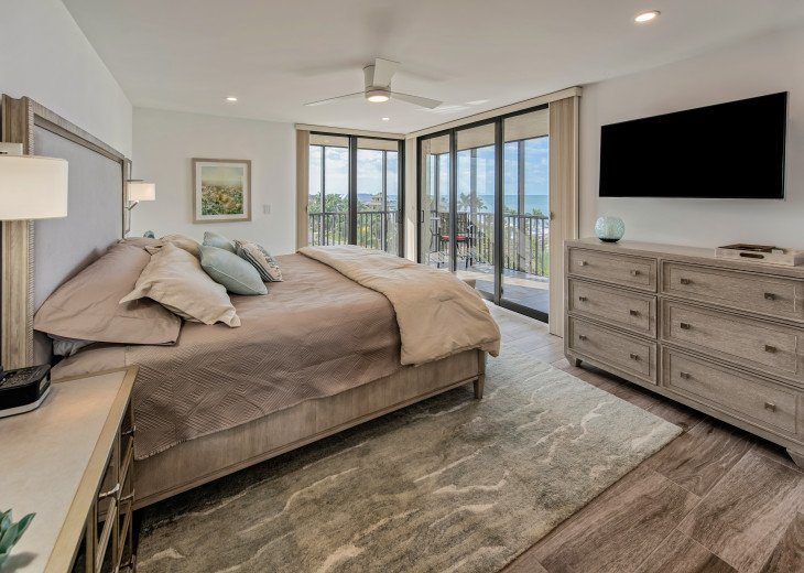 Master Bedroom with Views overlooking the Gulf to the West
